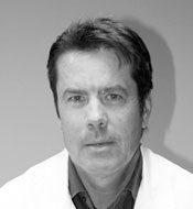 Dr Bruno Lussiez chirurgien orthopédique formateur prothèse