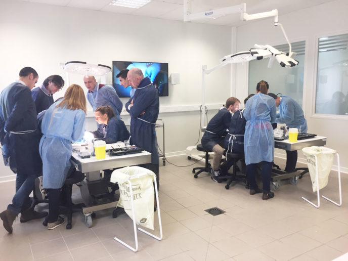 kerimedical formation chirurgie main orthopédie hand surgery orthopedics rhizarthrose prothese prosthesis laboratoire 0903
