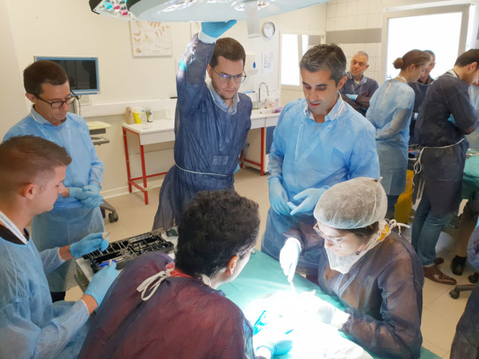 kerimedical touch workshop formation prothese pouce rhizarthrose thumb cmc tmc trapezo-metacaprienne trapeziometacarpal